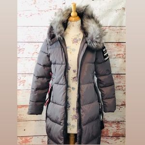 NWT gray Winter Coat w/ detachable faux fur collar